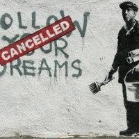 Banksy regresa a las calles de NY creando murales más rápido de lo que la ciudad puede eliminarlos