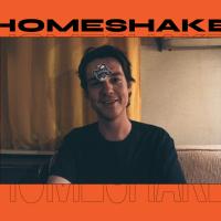 Homeshake nos habla sobre su gato, cassettes y la vida en gira como músico independiente
